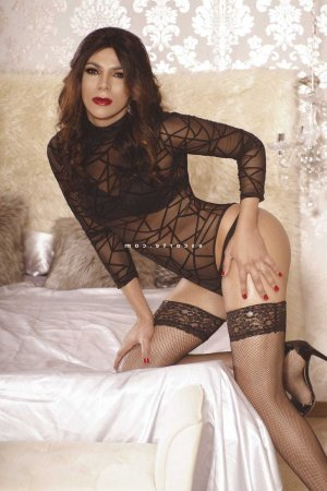 Chloelia escorte wannonce massage tantrique au Puy-en-Velay
